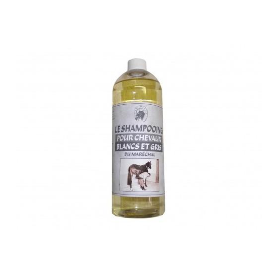 shampooing-special-chevaux-gris-et-blanc